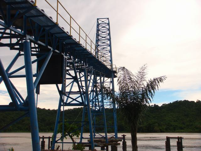 LOADING CONVEYOR (3)